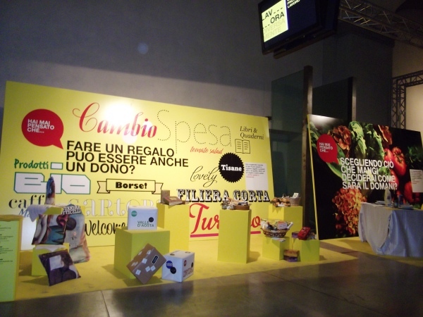 Lavora Diversamente exhibition stand design Florence