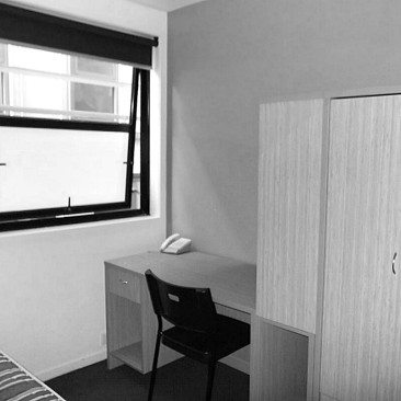 268 Flinders Street Melbourne studio desk cupboard bed