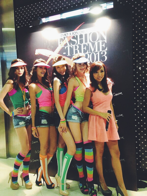 La Senza ION Orchard Singapore store opening lingerie event photowall group shot with models