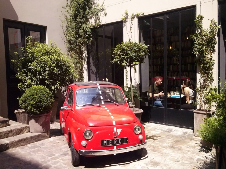 Merci Paris inner courtyard with Fiat500