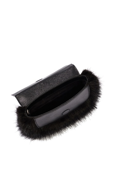 karen-millen-faux-fur-and-leather-clutch-inside